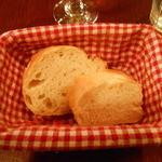 ラ・ポム・ド・パン - ランチセットのパン