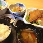 割烹 藤 - 日替わりのミックスフライ定食!うまー!