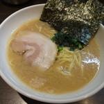 蔵前家 - ラーメン(650円)