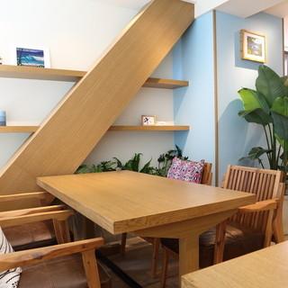 お散歩の休憩やのんびりとしたカフェタイムにどうぞ。「湘南時間」を満喫いただけます。