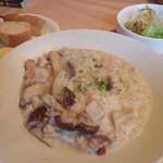 ゴンジ - リゾットランチ・蒸し鶏ときのこ(塩味.850円)
