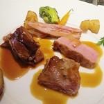 Méchant Loup - 肉 牛ロース、すね肉、もも肉ステーキ マデラ酒ソース