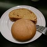 ステーキ かうぼーい - パン