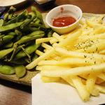 20509456 - 宴会飲み放題付(3000円)枝豆とフライドポテト