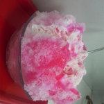 平工アイスクリーム店 - イチゴミルクです!