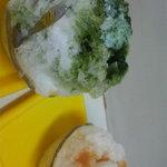 平工アイスクリーム店 - 宇治金時ミルクと紅茶クリームです!氷が細かくて美味しい!