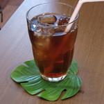 KIANU - 紅茶《アールグレイ/Ice》(単品で\400、プレートランチ注文の方は\100、2013年7月)