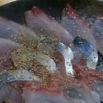 20516625 - 青魚定食