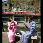 新井旅館 - 浴衣姿で温泉街を散策してみても楽しいですね