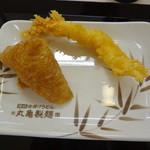 丸亀製麺 - いなり&えび天 どちらも100円