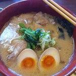 Okinawamiyakojimaramenappare - あぐーラーメン:海苔は真っ先に沈めてしまいました(笑)