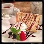 CAFE NOISE  - 紅茶のシフォンケーキ♡