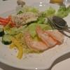 ガスライト - 料理写真:芝エビのシーザースサラダ