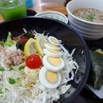 ばんちゃ屋 - サラダ定食(そば+グリーンティー)