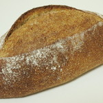 イロハベーカリー - 全粒粉のパン(\280、2013年7月)
