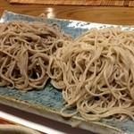 20534623 - この日の細打ち十割は千葉市産蕎麦粉です。右側の蕎麦です。