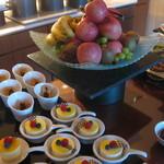 ヒルトン名古屋エグゼクティブラウンジ - レモンのケーキ、おいしい