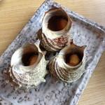 海女の小屋 海上亭 - つぼ焼き(定価950円が、この日は半額の475円)
