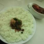 インド式 チャオカリー - チキントマトほうれん草curry¥960