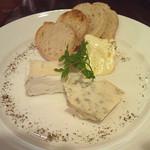アイローズ - チーズ盛り合わせ