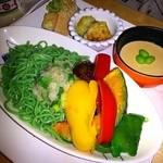 サン・やすらぎ おひさまの部 - きまぐれランチプレート  夏野菜の揚げおろし蕎麦