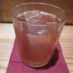 串焼炭炉 はん蔵 - ストロベリー梅酒 530円
