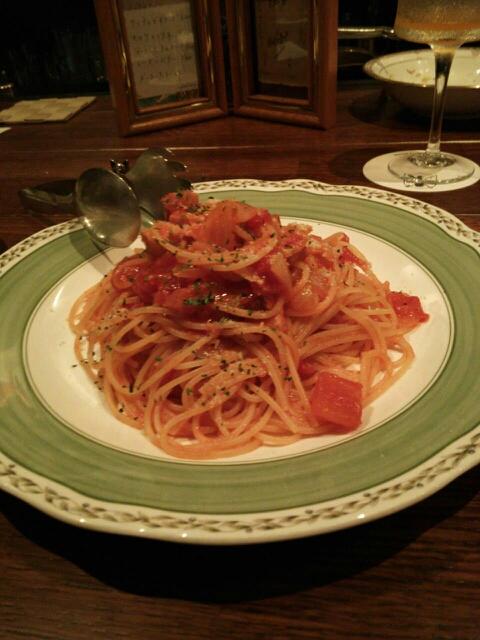 Dining Bar SPEAKEASY - トマトとベーコンのパスタ