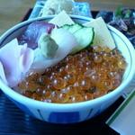 又三郎 - 料理写真:お好み海鮮丼。いくら、烏賊、鮪(赤身&びんちょう鮪)