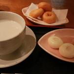 とうふ処 豆雅傳 - 豆乳ぜんざい・豆乳ドーナツ