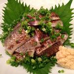 漁師居酒屋つねちゃん - 長崎産イワシ炙り刺。脂のりのりです。