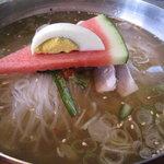 成田屋 - 冷麺のアップ