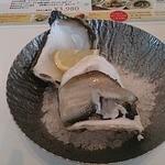 キンカウーカ・グリル&オイスターバー - 岩牡蠣