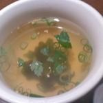 明月館 上本町本店 - ビビンバセットのスープ