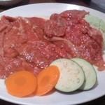 明月館 上本町本店 - 焼肉セットとビビンバセットのお肉