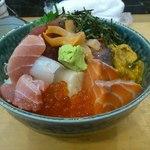魚がし 大膳 - 料理写真:特上海鮮丼