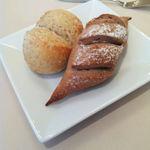 20553894 - 栗粉と全粒粉のパン