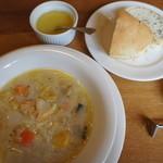 20553959 - スープ、パン、オイル