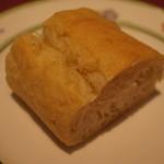 20555457 - パンはオイルと塩がついています。美味しい!!