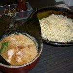 ぶっこ麺らーめん - つけ麺(普通・ぶっこ盛り)