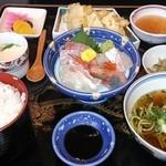 ととろお食事処 - おまかせ定食¥1370★★★★