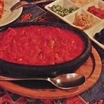 オリエント ターキッシュ - 牛肉とナスの石焼き鍋(ムサカ)