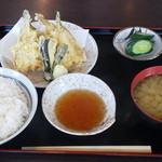 まつかさ食堂 - 料理写真:はぜ天定食¥600