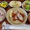 Iima - 料理写真:十三穀米のごはんセット(えのきと大葉の豚肉ロールフライ)