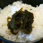 がちまや食堂 - 130812 がちまや食堂 @板橋本町 モズク酢 on the rice