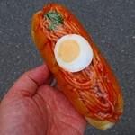 ボンヌール - 料理写真:スパゲッティパン¥170