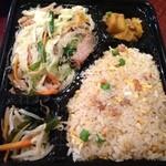 東海飯店 - 焼きビーフン弁当