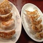 東海飯店 - 焼きギョウザ