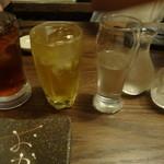 こだわりもん一家 - 地酒梅一輪の冷酒とジャスミン茶と烏龍茶