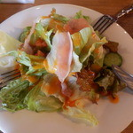 20611628 - ランチセットのサラダ、生ハムとドレッシングが美味しい!