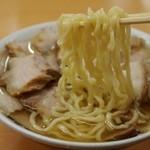 坂内食堂 - 肉そば 麺